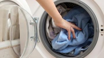 Niente fosfati nei detersivi delle lavatrici italiane