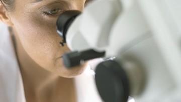 Donne e chimica: un volume ripercorre la storia di 50 scienziate