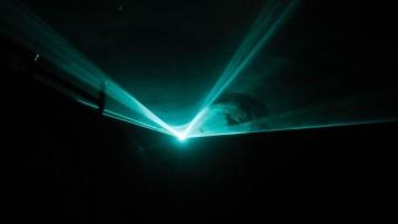 Laser identici con luci diverse: la scoperta Cnr – La Sapienza