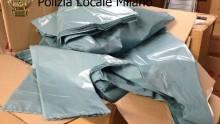 Sacchetti di plastica illegali, maxi-sequestro a Milano