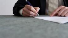 Firmato il rinnovo del contratto Confapi per le imprese chimiche
