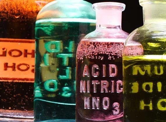 wpid-6108_chemicals.jpg