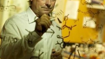 Possono degli acidi comportarsi come delle basi?