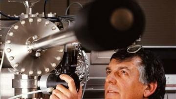 Il Nobel per la Chimica va a Daniel Shechtman