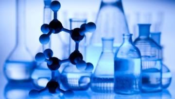 Sostanze chimiche prodotte o importate: obbligo di registrazione entro maggio 2018