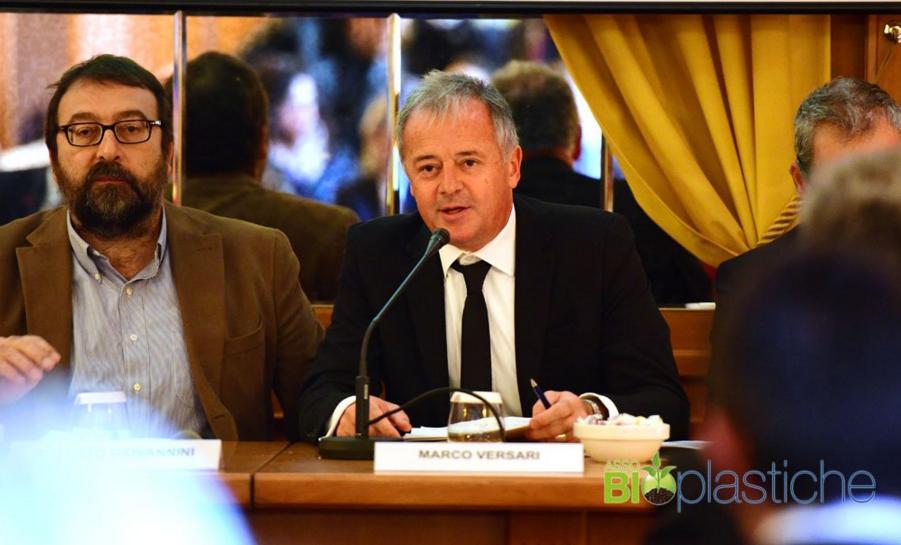 Marco Versari, presidente di Assobioplastiche, durante il convegno di presentazione dell'indagine (C) Assobioplastiche